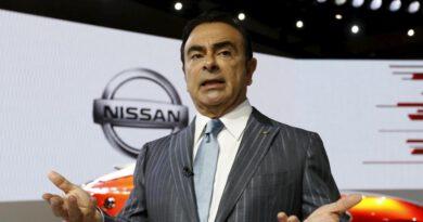 Eski Nissan CEO'sunun firarıyla ilgili 7 kişi hakkında dava