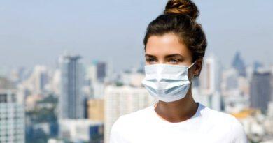 İstanbul Eczacı Odası Başkanı maskelerin 1 TL'den satılamayacağını ifade etti