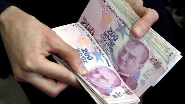 Nisan'da 2 milyon 590 bin kişiye kısa çalışma ödemesi yapıldı