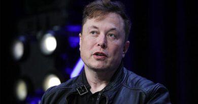 Tesla, koronavirüs tedbirlerine rağmen ABD'deki fabrikasını açıyor