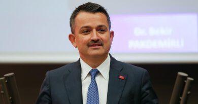 """Bakan Pakdemirli: """"3,2 milyon lira fındık üreticilerimizin hesaplarına yatırıldı"""""""